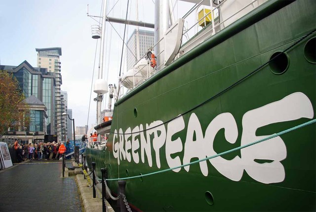 Greenpeace Activists Removed from the Drilling Rig in Norway