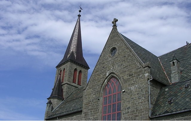 Priest�s Wallet Stolen During Sunday Mass in Northern Norway